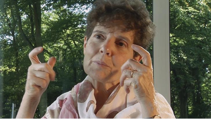 Dr Corinne Van Oost